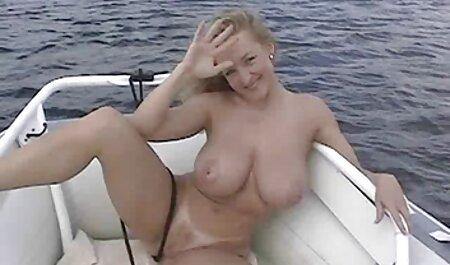 ポルノ女優は巨大なコックによって引き裂かれる彼女のお尻のために勝った 女性 av 無料 動画