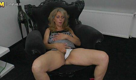 若い金髪優しく撫で、舐めているかき猫を得るオーガズム エッチ 動画 無料 女