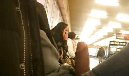日本の女の子とともに興味吸ディックのa男横になって 女性 の av 無料