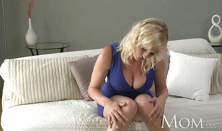 成熟したポルノモデルに犬のスタイルを入れて、お尻でおいしい犯さ エッチ 動画 女 向け