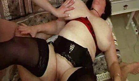 Busty成熟したレズビアン行くからおっぱいへpussies 大人 女性 動画 無料