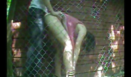 若いブルネット穏やかなのお尻は大きな男性の男根を取る 女 av 無料