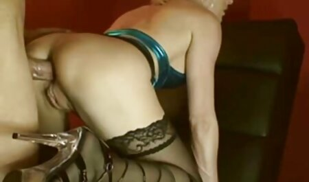 ポルノスターと彼女は選択される幸運だった セックス 動画 無料 女性