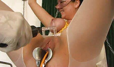 若い売春婦は常に車の中で良いモンスターでチケットを支払う準備ができています 女 av 無料