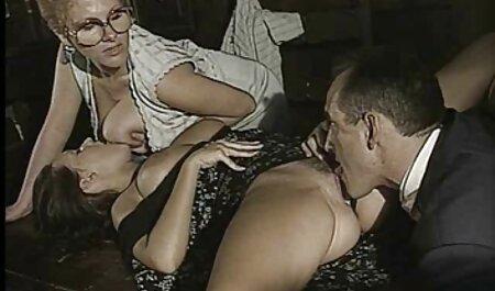 ポルノ俳優の撮影のさまざまなビデオからのビデオの選択 セックス 動画 女性 向け